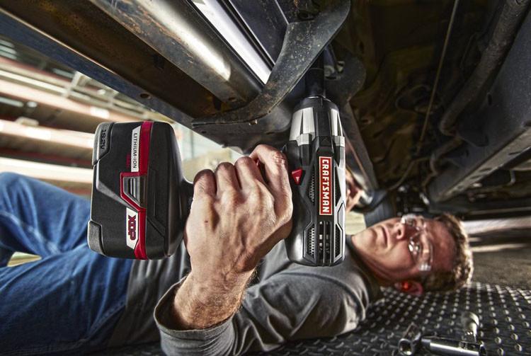 automotive cordless impact wrench